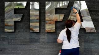 Por qué EE.UU. se convirtió en el árbitro anticorrupción de la FIFA