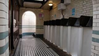 общественный туалет в Хэмпстеде