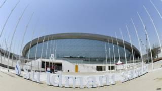 Бассейн для соревнований по водным видам спорта в Баку