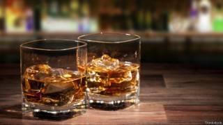 Никогда не пейте виски со льдом!