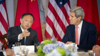 المستشار الصيني ووزير الخارجية الأمريكي