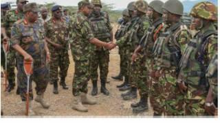 Rais Kenyatta huku amevaa sare ya jeshi