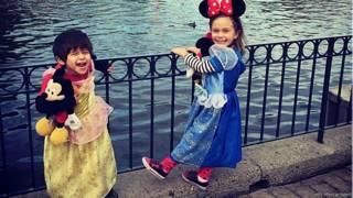Hijos de Seth Menachem vestidos con disfraces de Disney (Foto: Seth Menachem)