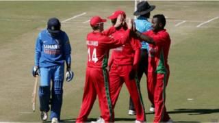 भारत और जिंबाब्वे के खिलाड़ी
