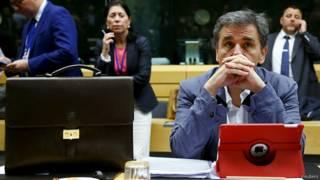 """وزير المالية اليوناني يوكليد ساكالوتس بانتظار إجتماع وزراء مالية """"اليورو"""""""