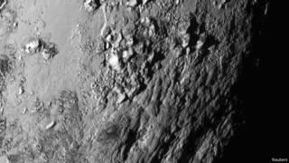ناسا تعرض صورا غير مسبوقة لجبال الجليد على كوكب بلوتو