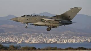 """كاميرون: بريطانيا ستساعد في تدمير تنظيم """"الدولة الإسلامية"""""""