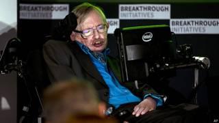 Stephen Hawking dice que es el momento de contactar vida extraterrestre