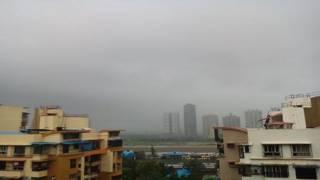 मुंबई में बारिश, जन जीवन अस्त व्यस्त