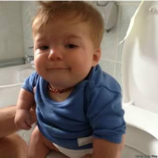 'Ensinei meu bebê de 5 meses a usar a privada'