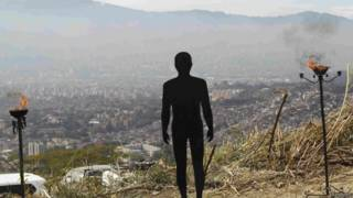 Colombia: inicia excavación en búsqueda de decenas de desaparecidos en Medellín