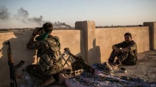 सीरिया में कुर्द लड़ाके