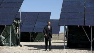 Президент Обама и солнечные панели