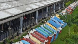 新台北市旅遊景點小艇被移到岸上