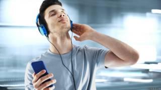 O misterioso 'orgasmo da pele' provocado por certas músicas