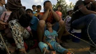 Crise de imigração: Mais 3 mil resgatados na Líbia