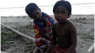 असम बाढ़ और बच्चे