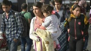 जर्मनी की ओर बढ़ रहे प्रवासी