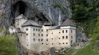 700-летний Предъямский замок