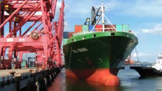 中國公布三季度進出口數據。