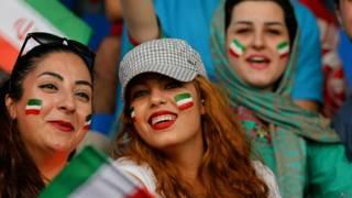 भारत-ईरान मैच के दौरान ईरान की प्रशंसक