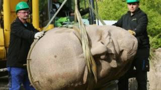 Lenin Rossiyada kommunistik inqilobning rahbari deb bilinadi