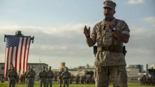 約翰·威斯勒(John Wissler)卸任美國駐日本沖繩海軍陸戰隊第三遠征軍指揮官一職