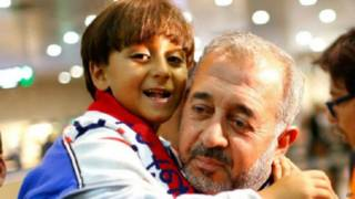 اللاجئ السوري الذي عرقلته مجرية يعين مدربا في إسبانيا