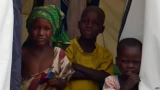 बोको हराम के कारण विस्थापित बच्चे