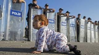 एक सीरियाई बच्चा.