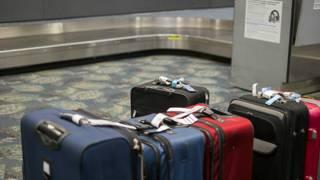 Невостребованные чемоданы в аэропорту