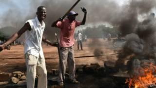 Imyiyerekano y'abiyamiriza abatembagaje ubutegetsi irabandanya i Ouagadougou
