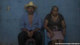 Bernabé Abraján Gaspar y Delfina de la Cruz, padres de Adán Abraján de la Cruz