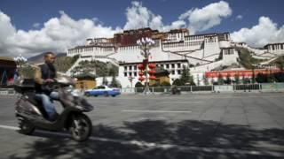 西藏拉薩官員稱網格化管理並非旨在杜絕移民