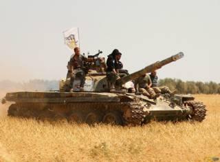 Танк, захваченный исламистами у сирийской армии