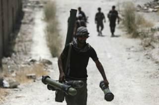 """Боец """"Свободной сирийской армии"""" в боях за Дамаск"""