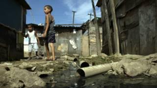 Com nova metodologia, pobreza no Brasil tem queda mais acentuada, diz Banco Mundial