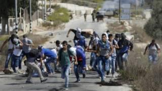 O que há de novo em recente onda de violência entre palestinos e israelenses