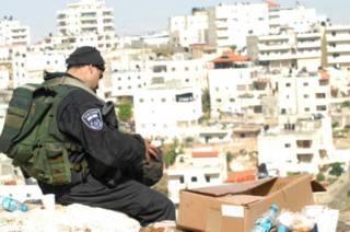 Израильский солдат в Восточном Иерусалиме