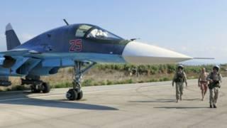 Самолет российских ВВС на базе в Латакии, Сирия