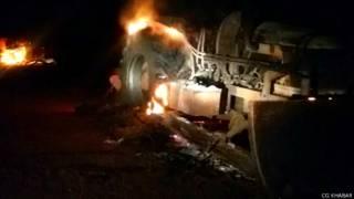 माओवादियों ने 21 वाहनों को जलाया