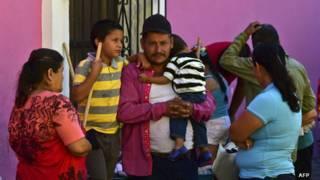 """Los 13 pueblos que quedaron semiabandonados por la cacería de Joaquín """"El Chapo"""" Guzmán en México"""