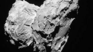"""بيانات مركبة الفضاء """"روزيتا"""" تشير إلى خطأ نظريات حالية حول نشأة الكواكب"""