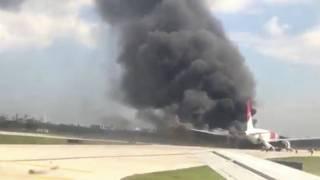"Пожар ""Боинга"" в аэропорту Флориды"
