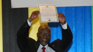 John Magufuli asimbuye Jakaya Kikwete urangije manda ze ebyri.