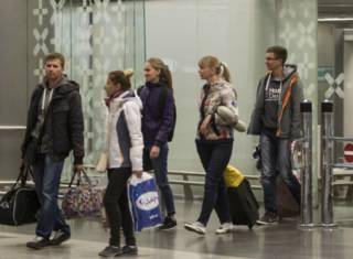 Российские туристы, возвращающиеся из Хургады 7 ноября 2015 г.