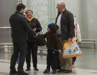 Российские туристы в аэропортах Москвы и Шарм-эш-Шейха