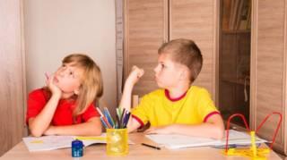 Por qué los hermanos mayores son más inteligentes