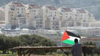 أوروبا تقرر وضع ملصق يميز منتجات المستوطنات الإسرائيلية