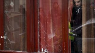 Бар Le Carillon, з якого почались напади